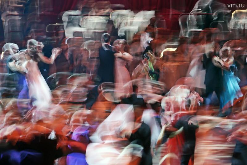 "XIII Венский бал в Гостином дворе. / Анна Иванцова, ""Вечерняя Москва"""