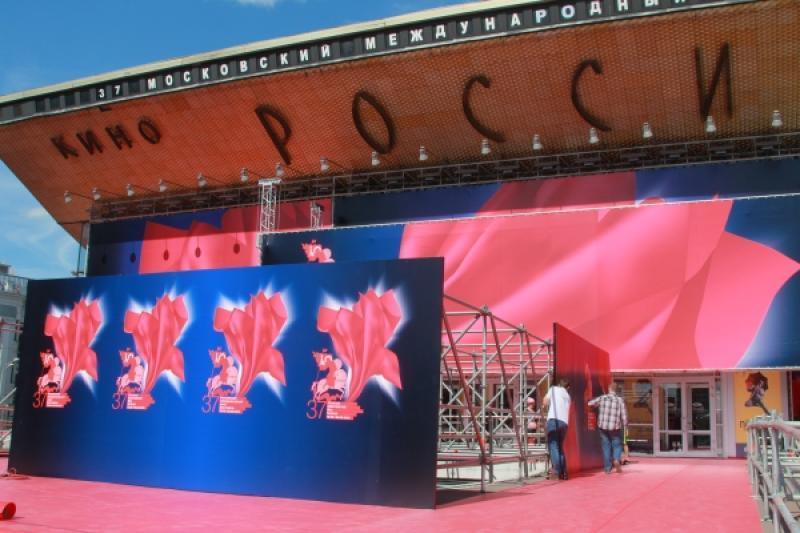 В 2016 году ММКФ откроет фильмСергея Соловьева Кеды
