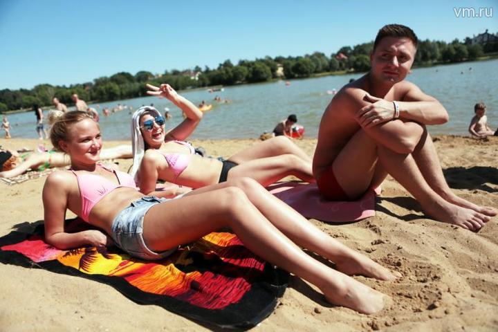 Минувшая суббота стала самым теплым днем лета в Москве / Анна Иванцова