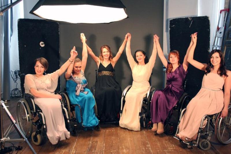Девушки-модели с ограниченными возможностями здоровья выйдут на подиум «Недели высокой моды в Москве»