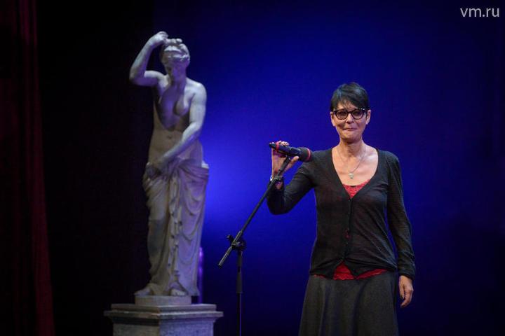 Ирина Хакамада на церемонии награждения лауреатов международной независимой VIII Премии зрительских симпатий «Звезда театрала»