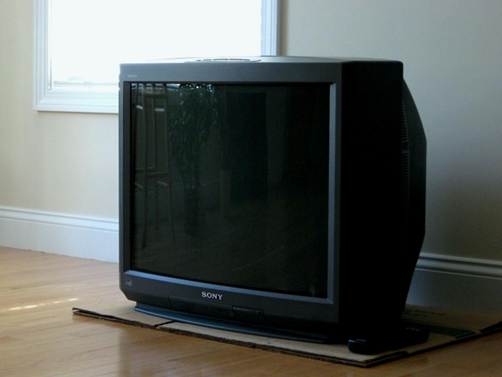 Телевизор Sony Trinitron / соцсети
