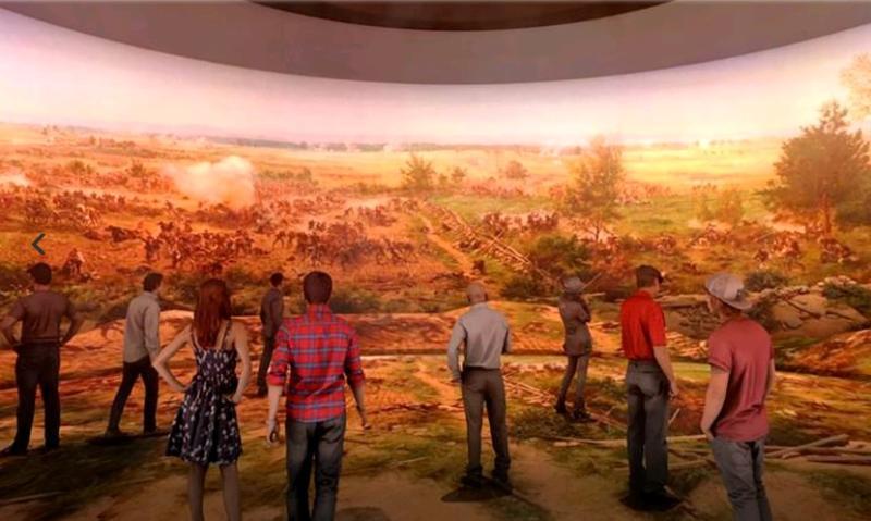 """В будущем в фильмотеку """"Зарядья"""" планируют добавить ленты о различных исторических событиях, в том числе и об истории создания самого парка / mos.ru"""