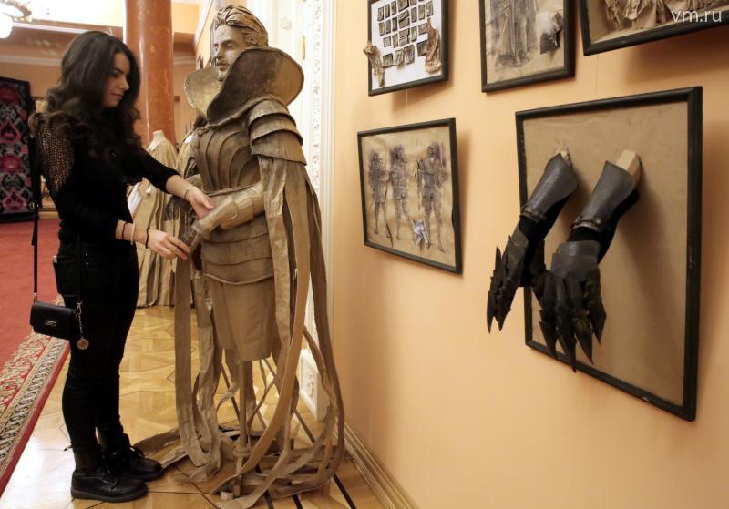 По словам Анны Бабичевой, создавая костюмы, она думает не только красоте, но и о функциональности / Сергей ШАХИДЖАНЯН