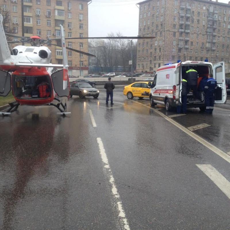 Вертолетом госпитализировали женщину в состоянии средней степени тяжести / ГКУ МАЦ