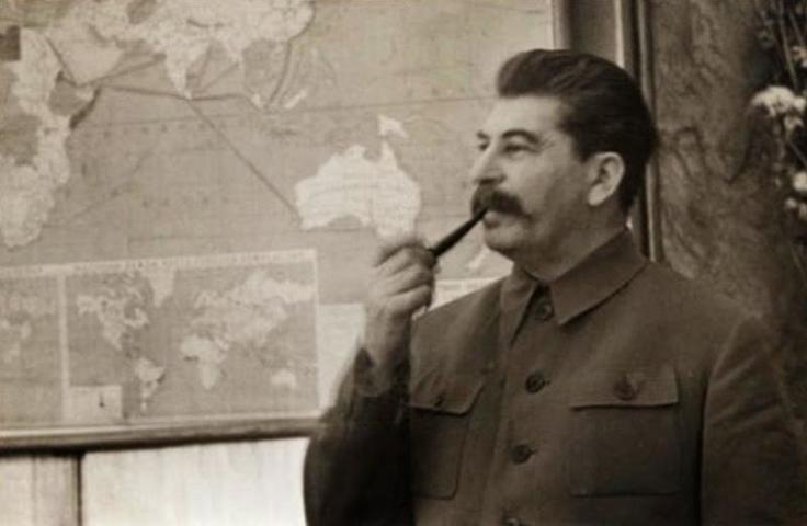 """Участники круглого стола обсудят общее и различное в """"большом терроре"""" Сталина и Гитлера / Скриншот видео"""