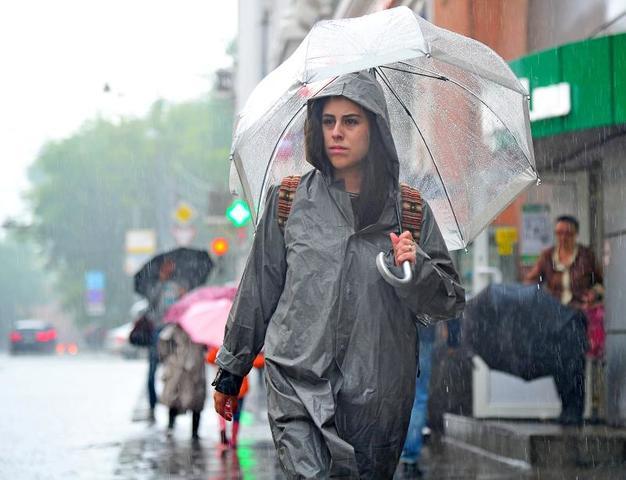 """В столицу 4 июля снова придут гроза и дождь / Светлана Колоскова, """"Вечерняя Москва"""""""