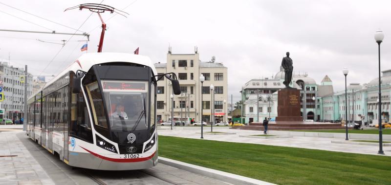 С 9 сентября до площади Тверская Застава начали курсировать низкопольные трамваи «Витязь-М» / официальный сайт мэра и правительства москвы