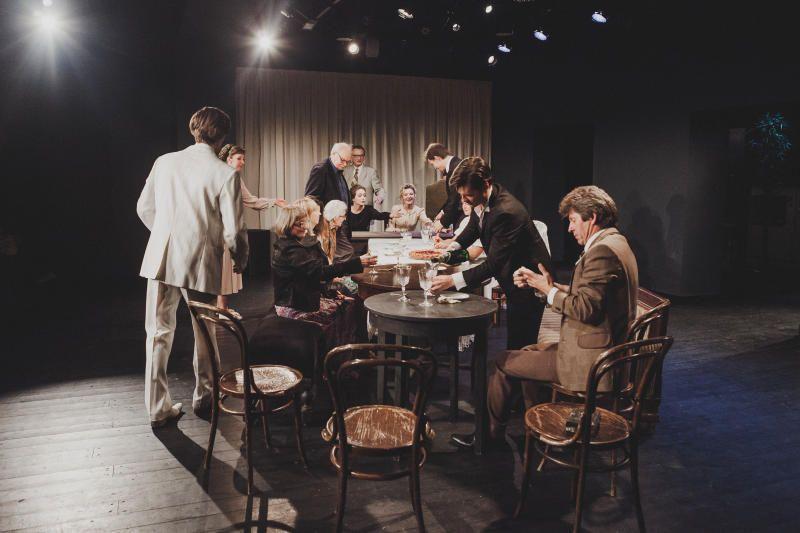 И давним поклонникам театра, и новым зрителям удалось в полной мере окунуться в атмосферу минувших лет / Диана Евсеева