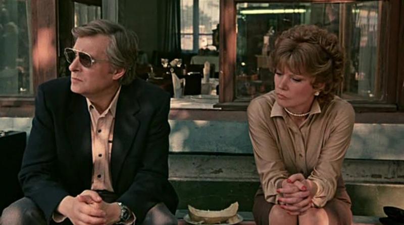 Знакомиться можно и офлайн. Проверено / Кадр из фильма «Вокзал для двоих»