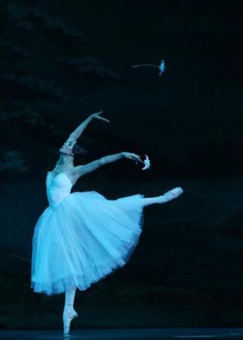 «Жизель» принято считать вершиной романтического балета / Пресс-служба «Кремлёвского балета»