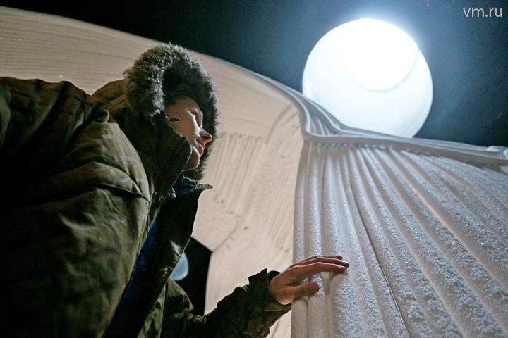Обустройство ледяной пещеры парка «Зарядье» подходит к концу