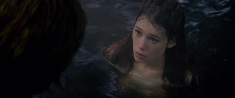 """Согласно исландской летописи, уберегов Гренландии встречается чудовище, которое люди называют «Маргигр». До пояса оно выглядит, как женщина, а от пояса же и ниже оно подобно рыбе / кадр из фильма """"Пираты Карибского моря"""""""