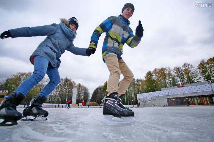 """Фигурное катание и хоккей традиционно являются самыми популярными видами спорта в России / Антон Гердо, """"Вечерняя Москва"""""""
