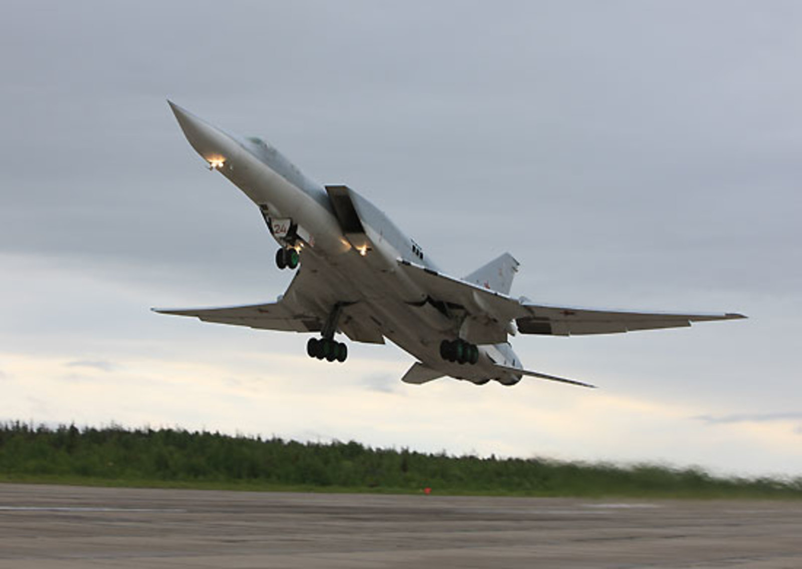 По ошибке: в Совфеде опровергли размещение Ту-22М3 в Крыму