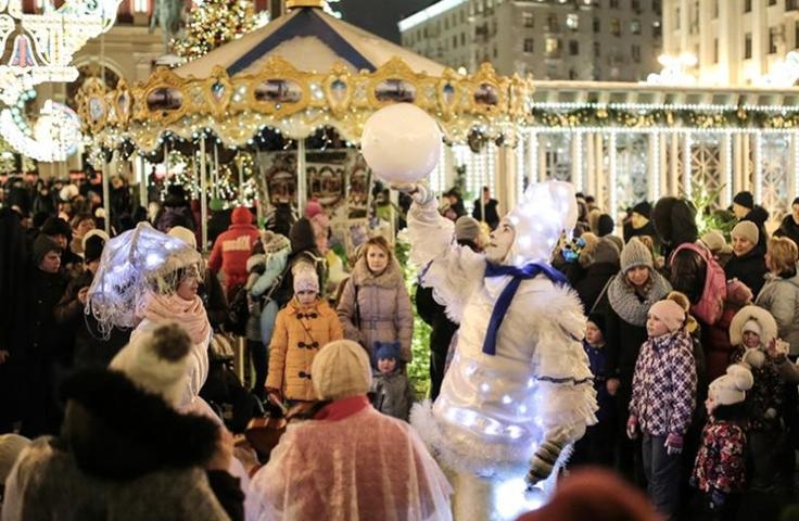 """фестиваль """"Путешествие в Рождество"""" пройдет в Москве до 14 января / mos.ru"""