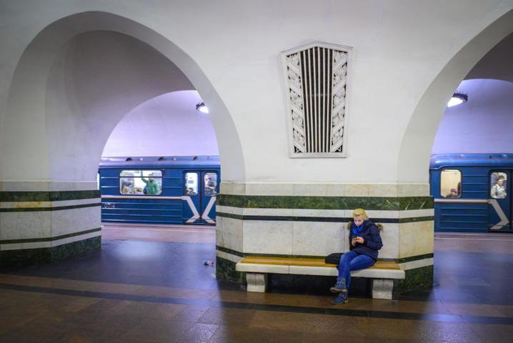 """На станции метро """"Алексеевская"""" / Николай Галкин/ТАСС"""