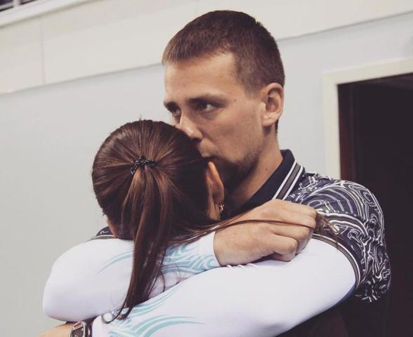 Александр Крушельницкий ранее заявил, что обнаружение в его допинг-пробе мельдония стало для него и супруги Анастасии Брызгаловой «не просто шоком», а сильным ударом по репутации и карьере / instagram.com/a_nastasia92