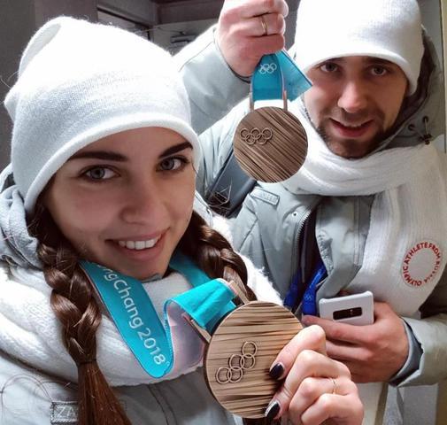 Александр Крушельницкий и Анастасия Брызгалова завоевали бронзовые медали в дабл-миксте / instagram.com/a_nastasia92