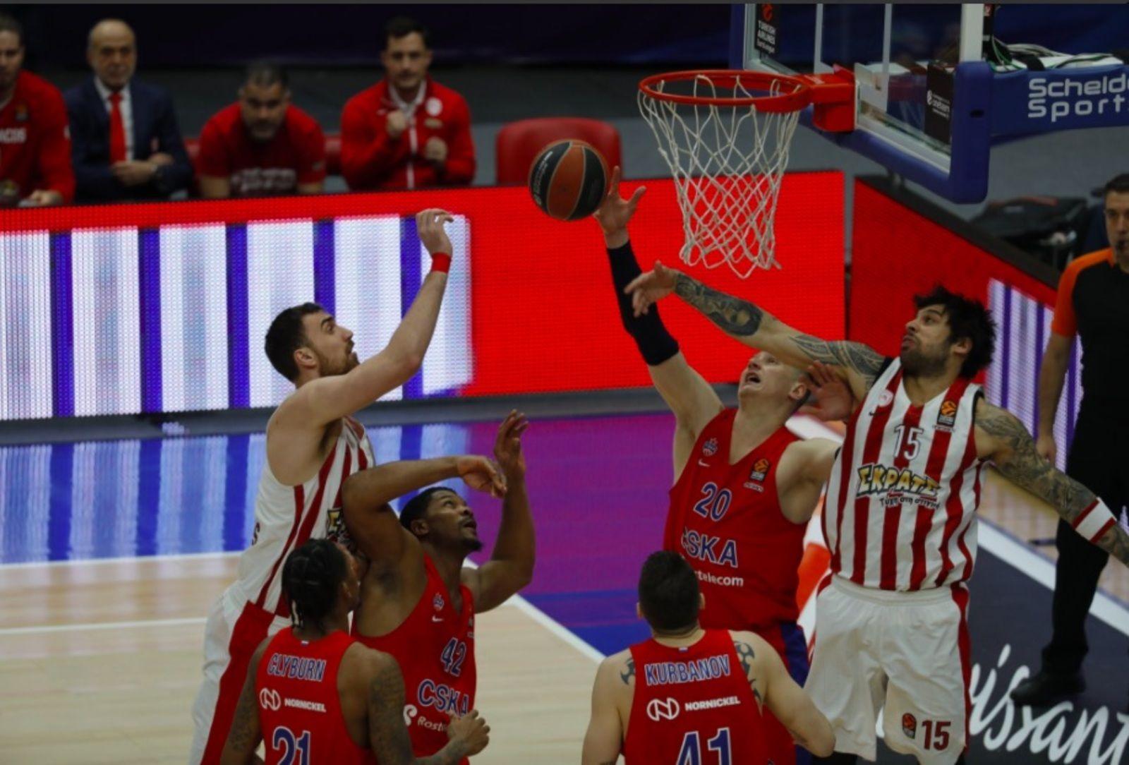 Соперники встретились на площадке в матче 27-го тура регулярного чемпионата баскетбольной Евролиги