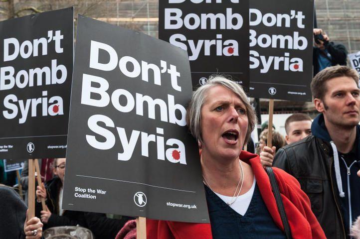 Акция против участия Великобритании в военной операции в Сирии прошла в Лондоне / BarcroftMedia/TASS