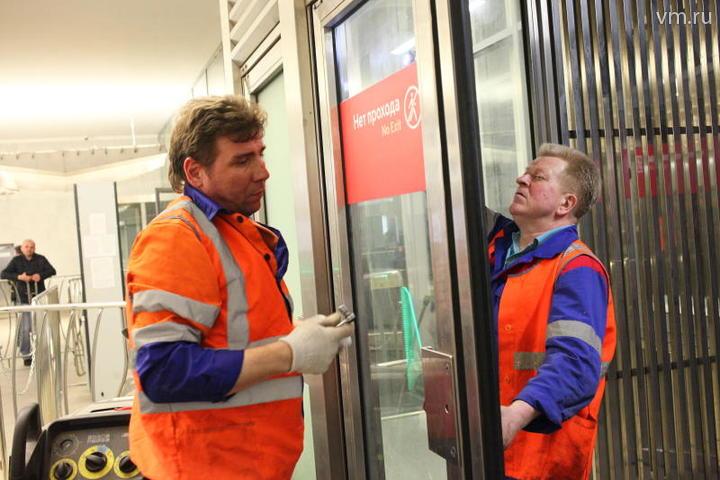 Уборка завершена на временно закрытых станциях Сокольнической линии метро