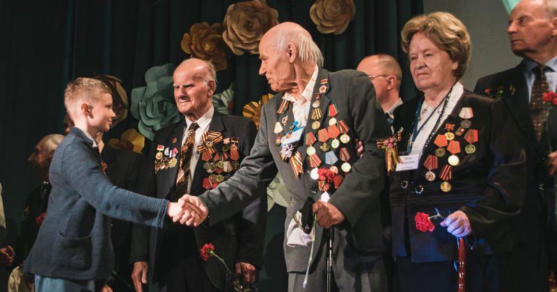 Поздравления получили как ветераны, так и труженики тыла / sobyanin.ru