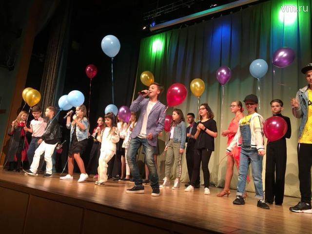 Участники фестиваля вместе исполнили финальную песню / Максим Липовецкий