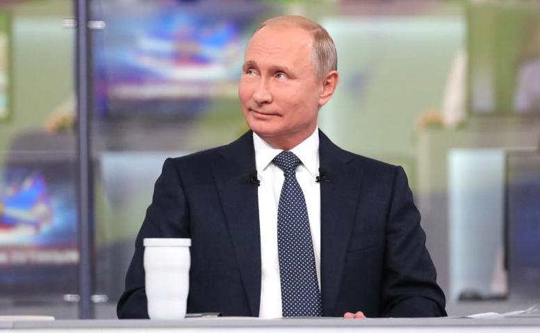 Российского лидераво время «прямой линии» попросили рассказать последнюю шутку, которая ему понравилась / Официальный сайт Кремля