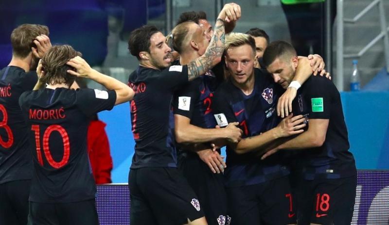 Сборная Хорватии одолела Аргентину в матче чемпионата мира по футболу со счетом 3:0