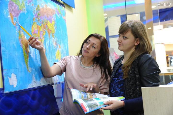 В столице наблюдается устойчивый рост числа туристов: в этом году их приехало на 20 процентов больше, чем в прошлом / Светлана Колоскова, «Вечерняя Москва»
