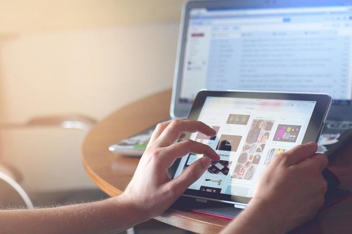 Блогеры за словами не следят совсем / pixabay.com