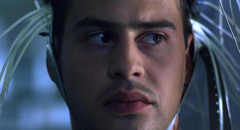 """Не все эксперименты так просты, как кажутся / кадр из фильма """"Эксперимент"""" (2000)"""