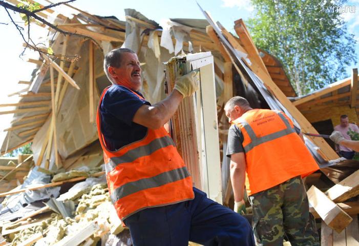 Госинспекция по недвижимости ликвидировала нелегальный шиномонтаж в Москве