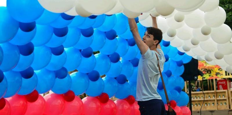 горожане также смогутзапустить в небо белые, синие и красные воздушные шары / официальный сайт мэра Москвы