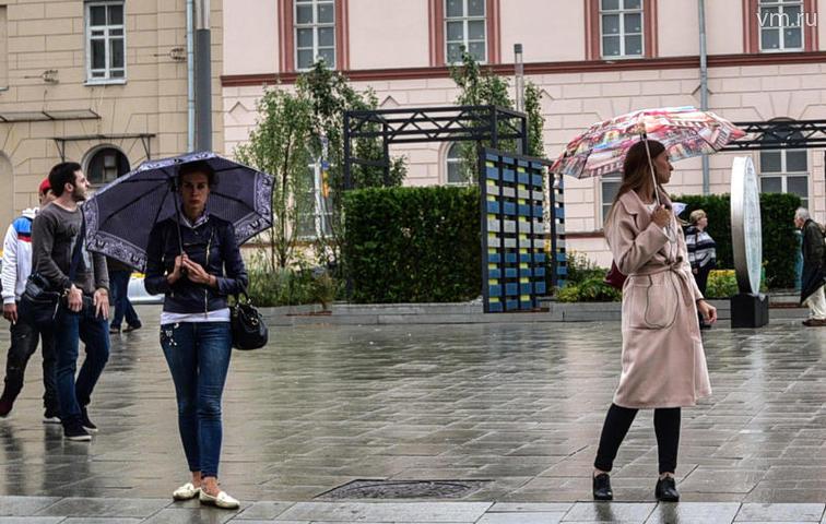 Местами в Москве ожидаются небольшой дождь и переменная облачность / Пелагия Замятина, «Вечерняя Москва»