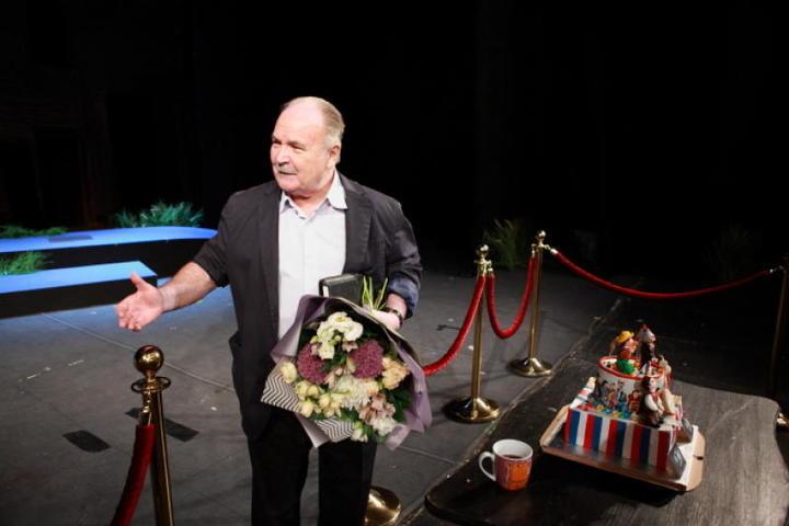 По словам Николая Губенко, темы, затронутые в бессмертной комедии, актуальны и для сегодняшней России / Содружество актеров Таганки