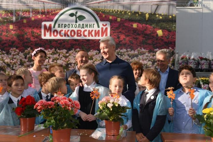 """Для школьников вагрокомбинате уже многие годы проходят экскурсии / Владимир Новиков, """"Вечерняя Москва"""""""