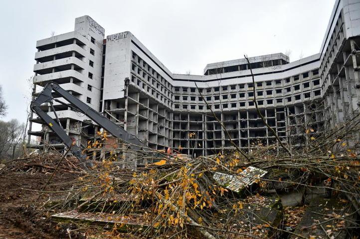 Строительство здания было заморожено в 1985 году / Михаил Колобаев / Комплекс градостроительной политики и строительства