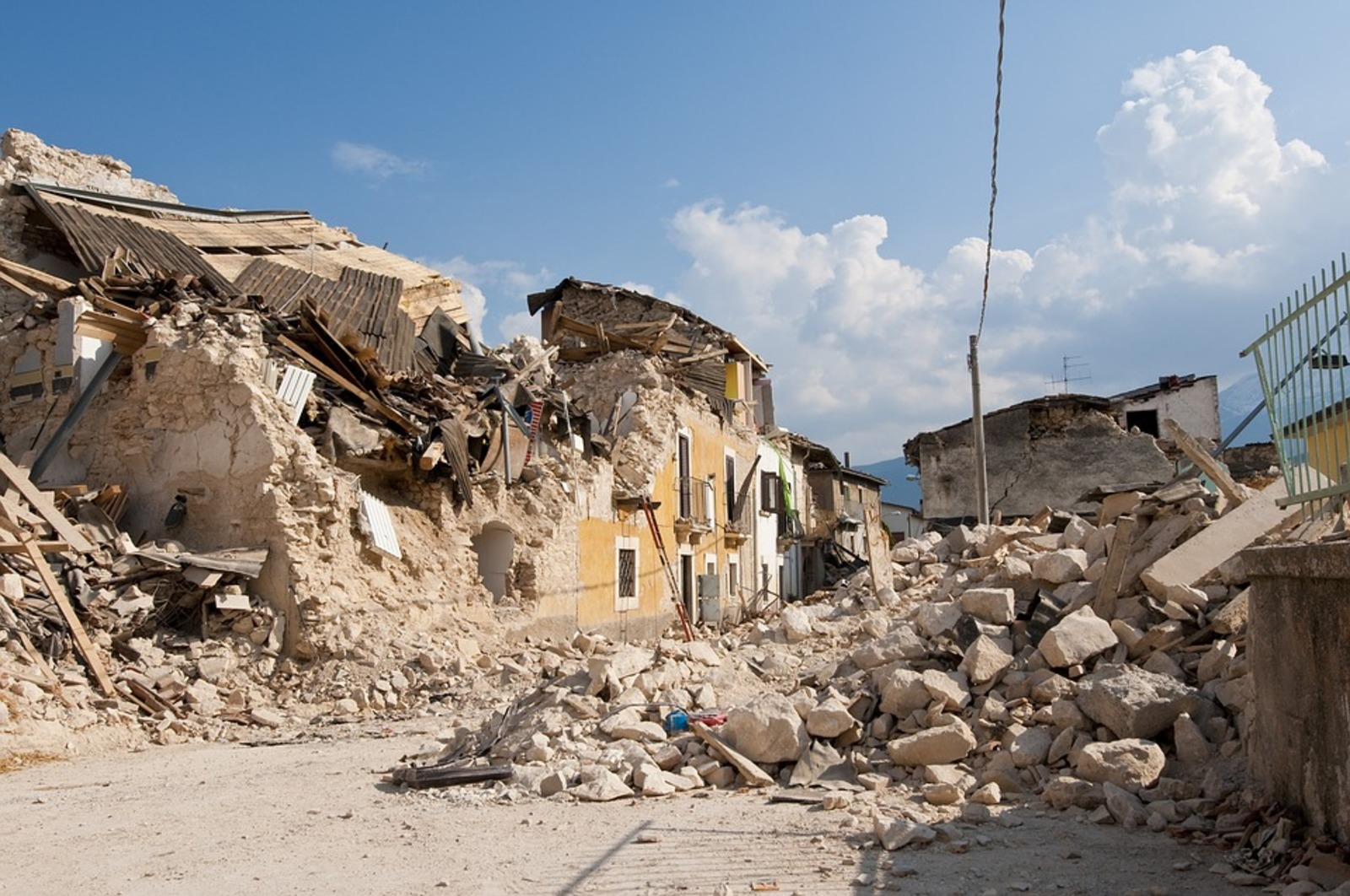 Последствия землетрясений могут быть катастрофическими