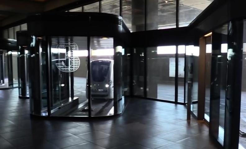 Персональный автоматический транспорт в Великобритании / Cкриншот с видео YouTube-канала Luke Starkenburg