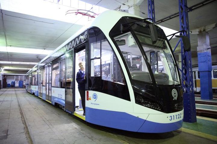 Трамвай нового поколения «Витязь-М» в депо / Агентство городских новостей «Москва»