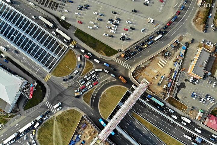 На разных видах транспорта ежедневно перемещаются по столице от 15 до 17 миллионов пассажиров / Михаил Колобаев / Комплекс градостроительной политики и строительства