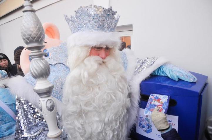 В Доме Клюеваоткрылась волшебная почта, где каждый ребенок сможет отправить свое письмо с пожеланиями Дедушке Морозу до 31 января / Агенство городских новостей «Москва»