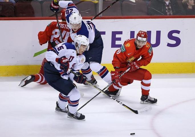 Матч Россия — США завершился со счетом 1:2, единственную шайбу за россиян забил Григорий Денисенко / https://twitter.com/russiahockey