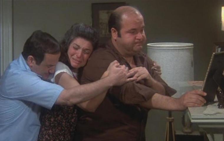 """По данным Всемирной организации здравоохранения,СШАзанимают лишь восьмую строчку в топ-10 самых «жирных» стран / кадр из фильма """"Толстяк"""" (1980)"""