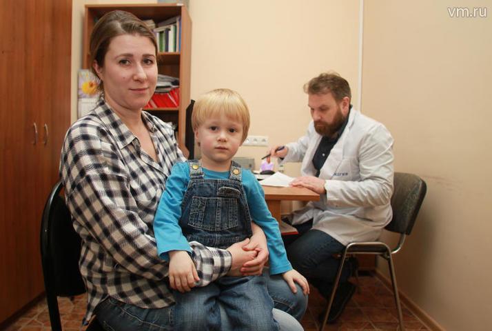 """По мнению эксперта, школьная медицина поможет воспитать в новом поколении воспитать сознательность, умение следить за своим здоровьем, приучит проходить диспансеризацию / Наталия Нечаева, """"Вечерняя Москва"""""""