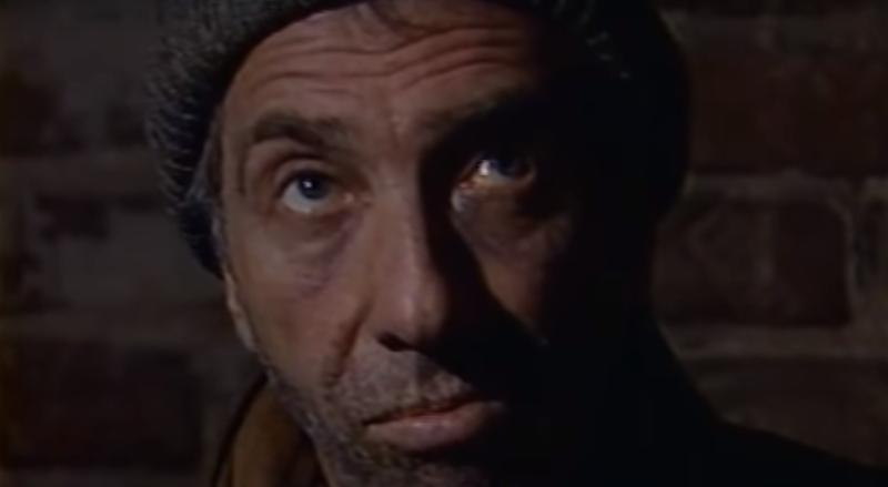 """На роль Старика, который помнит все, утвердили Юрского / кадр из сериала """"Этот фантастический мир. Выпуск № 13. Бездна"""""""