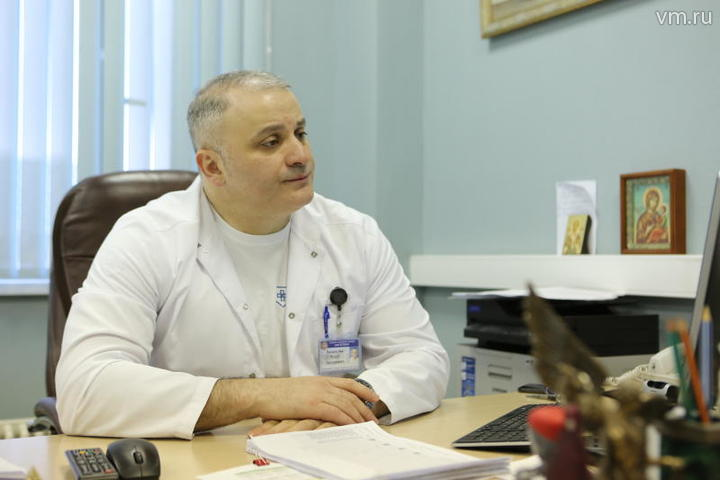Для удобства пациентов в столичных поликлиниках появились табло электронной очереди к дежурному врачу / Алексей Орлов, «Вечерняя Москва»