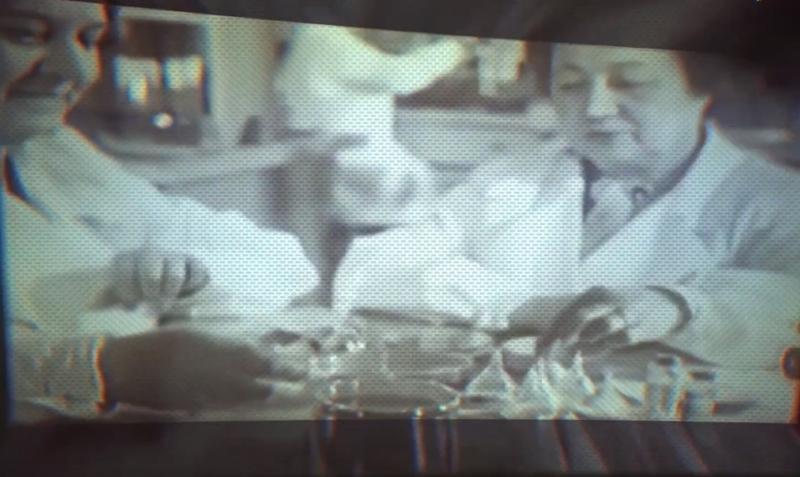 Зинаида Виссарионовна Ермольева (справа) -Госпожа Пенициллин / Cкриншот с видео YouTube-канала Женщины России